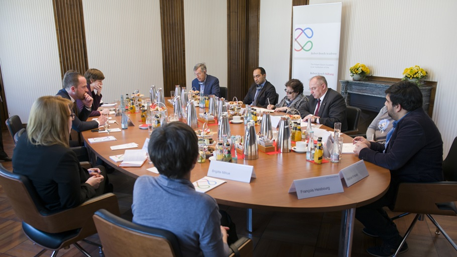 Round Table with Sonja Licht on Roma Integration in Europe