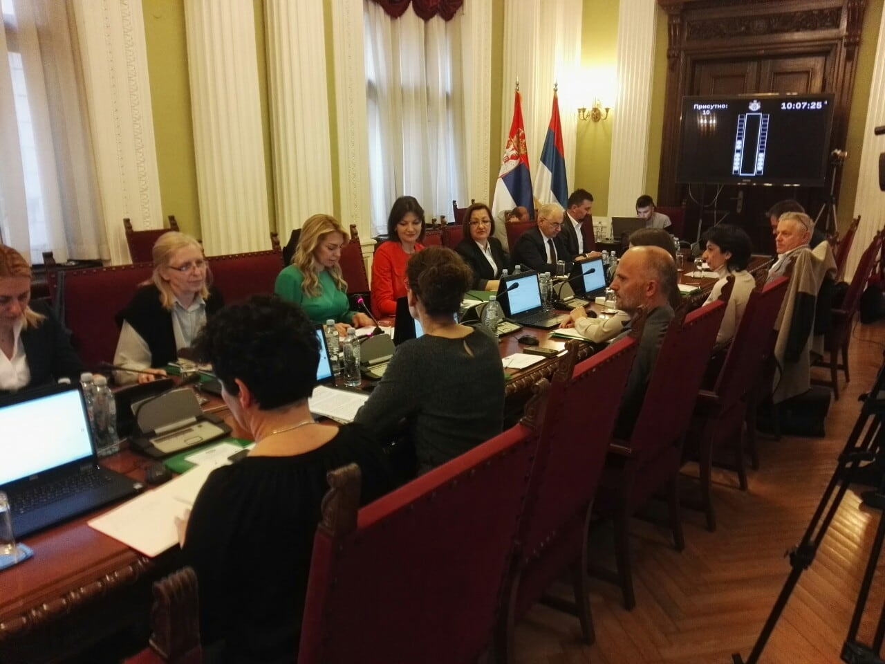"""On sustainable urban mobility in the National Assembly: """"Plan the city for people"""""""